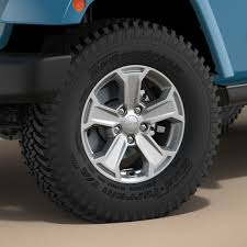 jeep chief chief u0027s knobby tires compare to sahara jeep wrangler forum