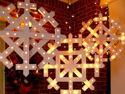 outdoor christmas decorations and diy lighting ideas loversiq