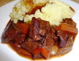 cuisiner du boeuf en morceaux ragoût de boeuf tendre très tendre les recettes de virginie