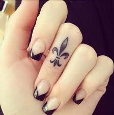 30 finger tattoos for tattooblend