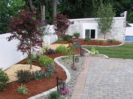 Backyard Landscaping Company Best 25 Small Front Yards Ideas On Pinterest Small Front