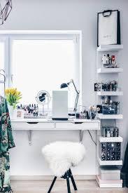 coiffeuse chambre ado rangement coiffeuse moderne pour un coin beauté qui fait rêver