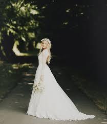 Long Sleeve Wedding Dresses 45 Chic Long Sleeve Wedding Dresses New Deer Pearl Flowers