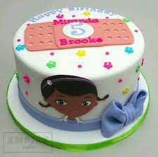 dr mcstuffin cake 65 best cake doc mcstuffins images on birthday party