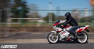 1992 yamaha fzr 600 r pic 12 onlymotorbikes com