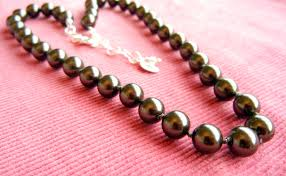 make pearl necklace images How to make a knotted pearl necklace rings and things jpg