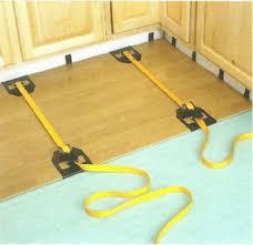 5 steps installing a laminate floor ehowdiy com