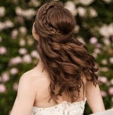 Hochsteckfrisurenen Geflochten Halboffen by Die Schönsten Geflochtenen Frisuren Für Hochzeitsgäste Veniccede Me
