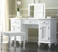 Bedroom Vanity Table Bedroom Vanity Desk Leandrocortese Info