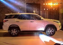 fortuner specs new toyota fortuner india price specs pics mileage features