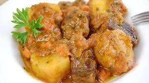 cuisiner des pommes ragoût de boeuf aux pommes de terre recette par tchop afrik a cuisine