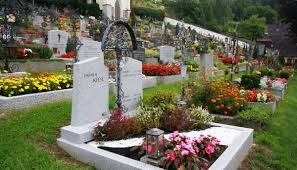 graveside flowers grave with flowers free stock photos in jpeg jpg 1280x733 format