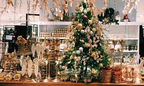Christmas Decorations Online Singapore by Where To Find Christmas Trees Wreaths And Decorations In Singapore