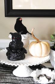 Halloween Decorations Cakes 12 Easy Dollar Store Halloween Decorations Dollar Store Halloween