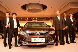 lexus new car in india toyota camry hybrid india launch price rs 31 98 lakh