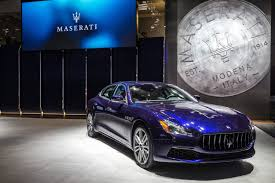 maserati burgundy maserati delivers its 100 000th car a 2017 quattroporte gransport