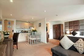 service appartments london grand plaza serviced apartments london
