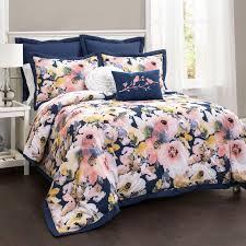 Types Of Down Comforters Best 25 Comforter Sets Ideas On Pinterest Comforters Bedding