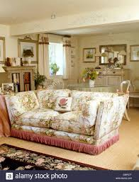 Dining Room With Sofa Traditional Furniture Pink Sofa Stock Photos U0026 Traditional
