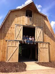 Cottage Inn Fenton Michigan by Michigan Barn Wedding Leap Of Faith Fenton Mi Michigan Barn