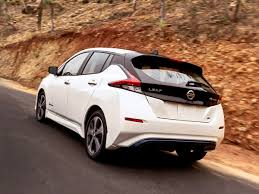nissan leaf real world range nissan u0027s 2018 leaf offers 150 miles of range for 30 000 wired