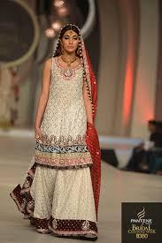 Red Bridal Dress Makeup For Brides Pakifashionpakifashion Wedding Dress Bridal Dresses Designs Beige Red Floral Pattern