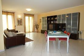 Wohnzimmer Und Schlafzimmer Kombinieren Interessant Wand Grau Rot Wohnzimmer Streichen 106 Inspirierende