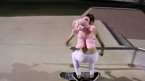 Skateboard Halloween Costumes Miley Cyrus Skateboarding