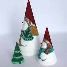 nesting doll cone snowman carved and painted 3 pc 5 9