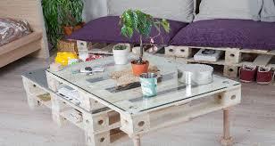 fabrication canapé en palette des meubles en palette à transformer comme on veut
