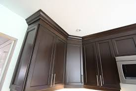 How To Install Kitchen Cabinet Crown Molding Crown Molding On Kitchen Cabinets Home Design