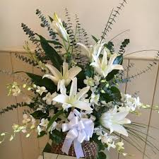 flower delivery fresno ca basket of peace flowers fresno florists flowers in