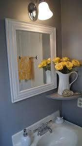 Cool Bathroom Decorating Ideas Colors Best 25 Yellow Bathroom Decor Ideas On Pinterest Guest Bathroom