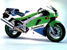 evolution of the gsx r 750 motorcycles