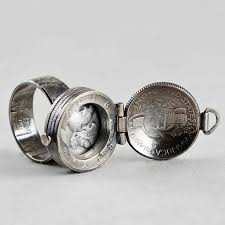 box lockets 54 best boxes lockets hinges images on jewelry