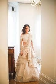 Indian Wedding Dresses D5fa0c0ba66c26ddebc827080d1acf42 Jpg 736 1 105 Pixels