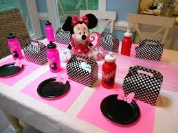 minnie mouse party adventures with toddlers and preschoolers minnie mouse birthday