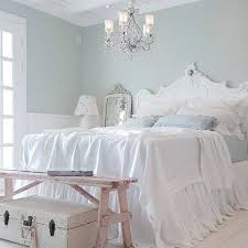 Shabby Chic White Bed Frame by Best 25 Shabby Bedroom Ideas Only On Pinterest Shabby Chic Beds