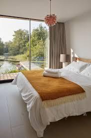 Schlafzimmer Farbe Lagune Dieses Haus Für Eine Familie Wurde Neben Einem Abgeschiedenen