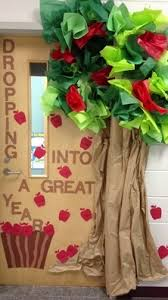 fall door decoration ideas for the classroom crafty morning