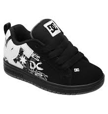 Sepatu Dc kid s court graffik se shoes 301131b dc shoes