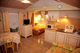 chambres d hotes marais poitevin location chambre d hote 4 personnes avec piscine en vendée