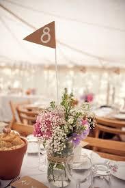 drapã e mariage de bonnes idées diy pour des numéros de table de mariage