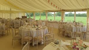 chaivari chairs limewash chiavari chair hire keymarque