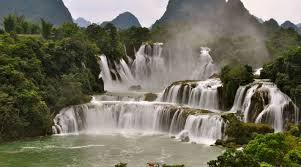 famous waterfalls in the world world s 10 most famous biggest waterfalls in 2017 top highest
