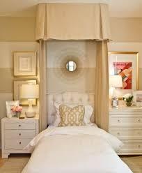 miroir chambre ado design interieur chambre fille ado romantique lit bladaquin miroir