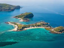 you can hire this whole island in queensland for you u0026 33 mates