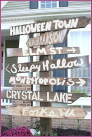 how to make a halloween banner halloween street sign diy mama