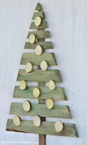 diy wood pallet christmas tree pallet christmas diy wood and