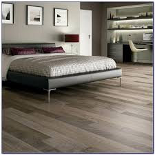 Cleaning Hardwood Floors With Vinegar Cleaning Laminate Wood Floors With Vinegar Flooring Home